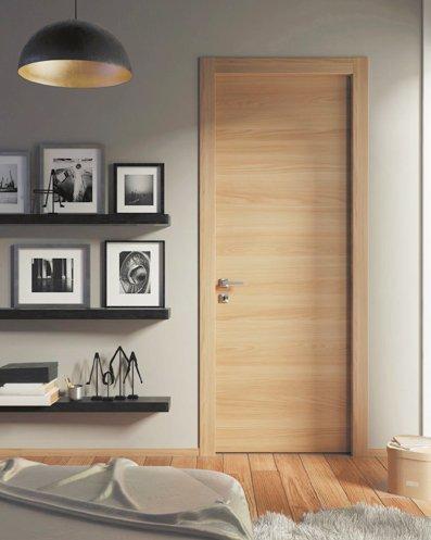 Stain Grade Veneer Flush Door