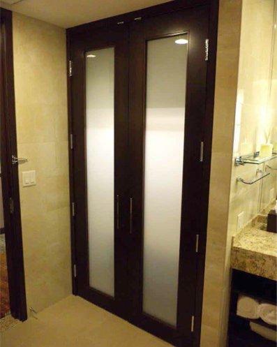 Stain Grade Veneer Stile & Rail Door