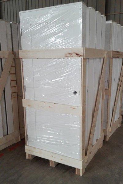 Shaker 1-Panel Solid Core MDF Wood Single Prehung Interior Door