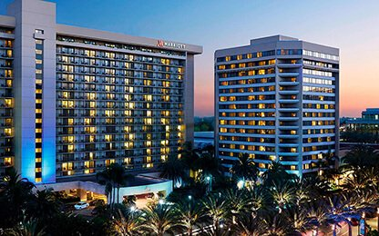 Provided-970-sets-of-sliding-glass-doors-for-Marriott-Anhaim-6